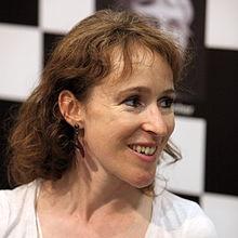 Claire Genouxová